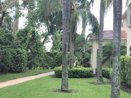 121 Palm Bay Terrace, Unit #B - Photo 3