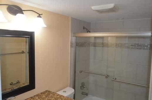 1020 Guildford B - Photo 6