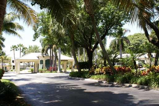 4 Royal Palm Way, Unit #105 - Photo 41