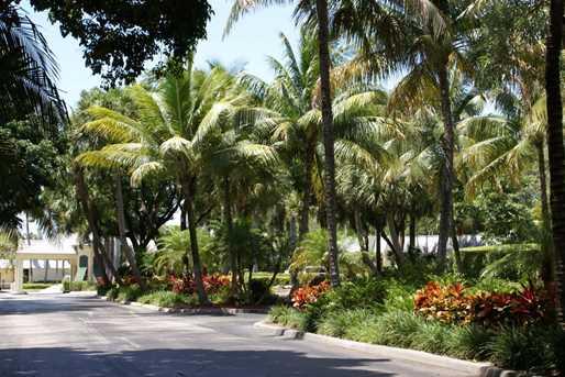 4 Royal Palm Way, Unit #105 - Photo 40