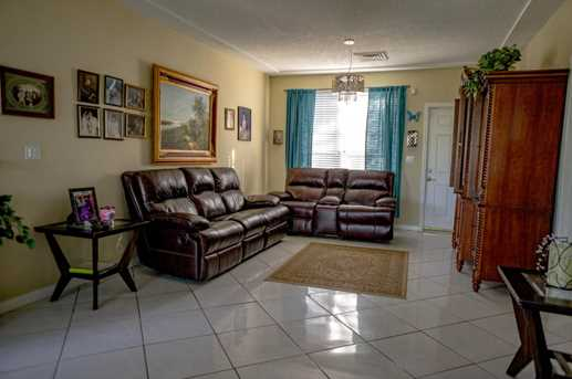 4700 SW 78th Ave - Photo 5