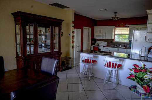 4700 SW 78th Ave - Photo 9
