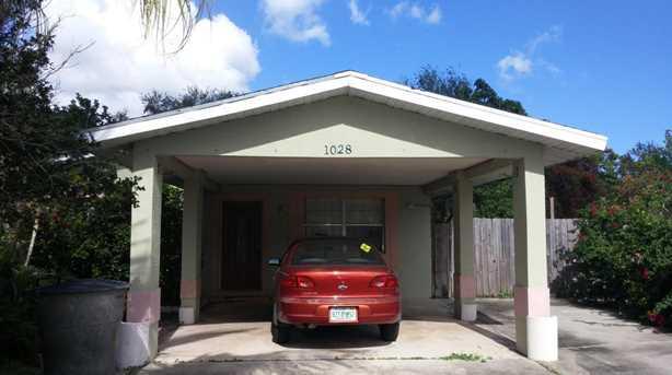 1028 N Martinique Avenue S - Photo 1