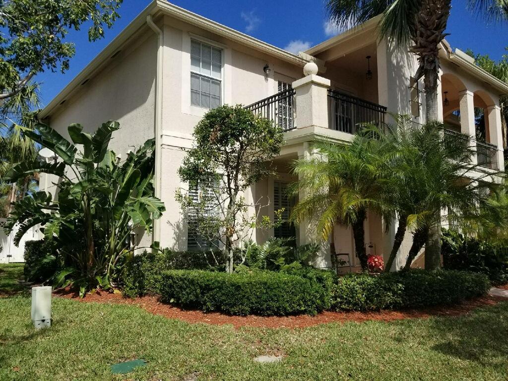 8069 Murano Circle, Palm Beach Gardens, FL 33418 - MLS RX-10406981 ...