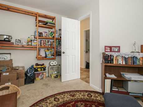 1808 Lakeview Dr W - Photo 9