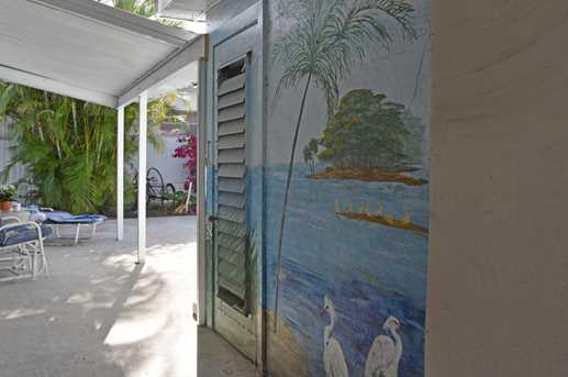 Beach Houses On Shady Lane Fl