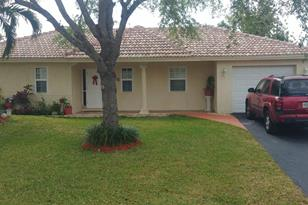 7816 NW 40 St - Photo 1