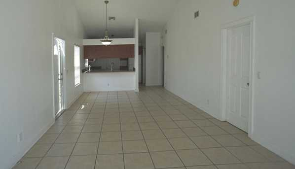 1646 Royal Forest Court - Photo 7