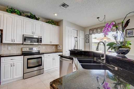 6235 Floridian Circle - Photo 11