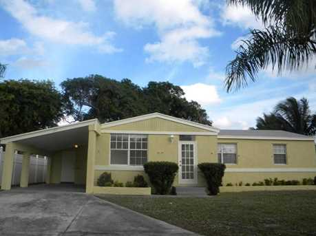 127 NW 5th Court - Photo 1