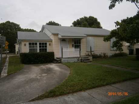 829 Maddock Street - Photo 1