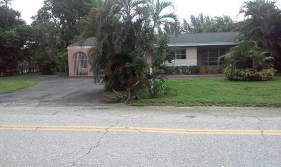 7900 Pine Tree Lane - Photo 1