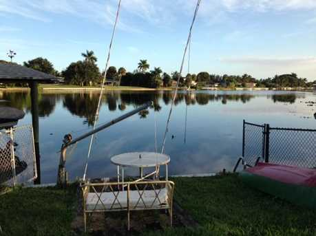 8020 W Lake - Photo 1