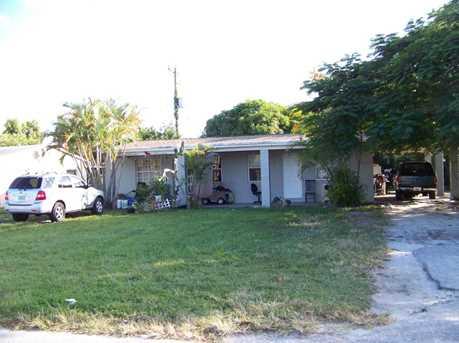 818 Southview Drive - Photo 1