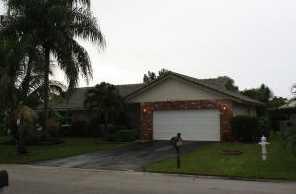 11074 Glenwood Drive - Photo 1