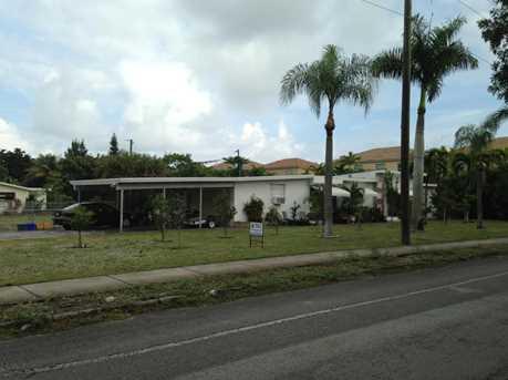 335 Gulfstream Boulevard - Photo 1