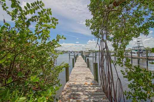 4642 SE Boatyard - Photo 1