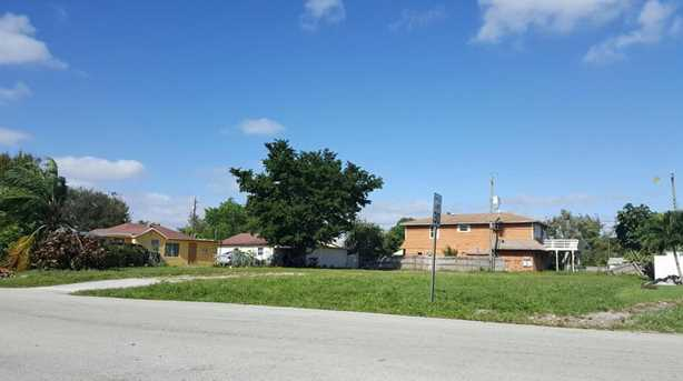 4055 Dale Road - Photo 1