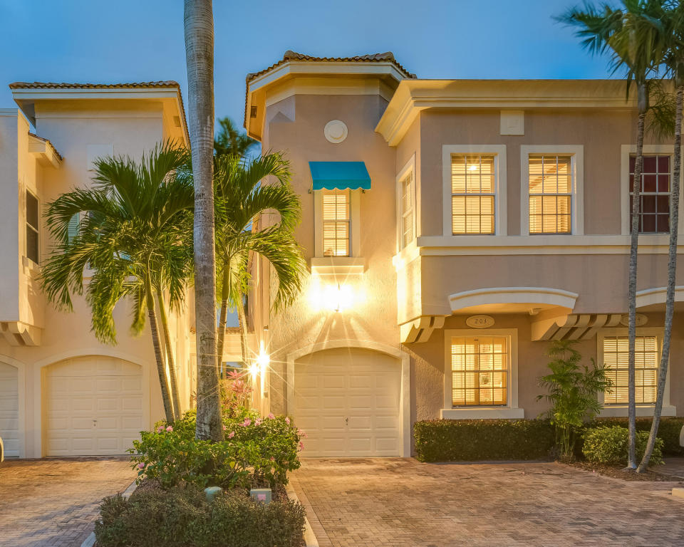 203 Resort Lane Palm Beach Gardens Fl 33418 Mls Rx