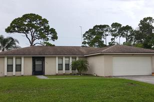 374 SE Bayview Terrace - Photo 1