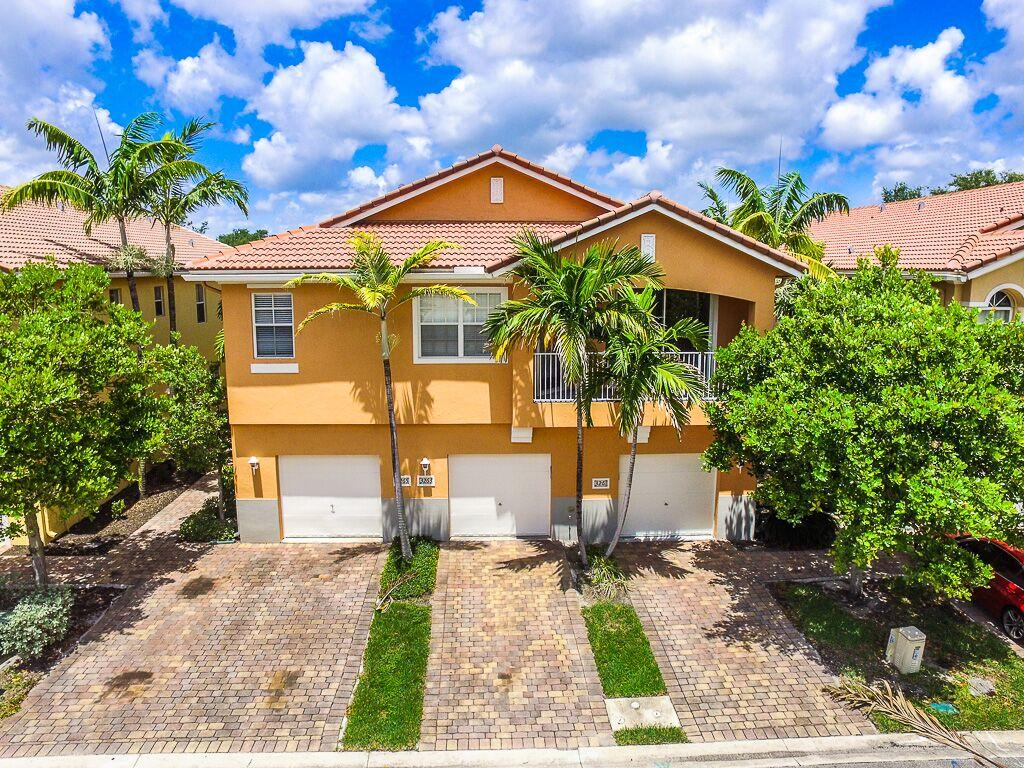 3261 scarletta drive riviera beach fl 33404 mls rx for Riviera house