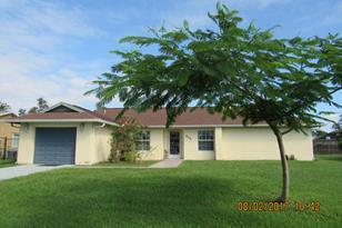 531 SE Sunnybrook Terrace - Photo 1