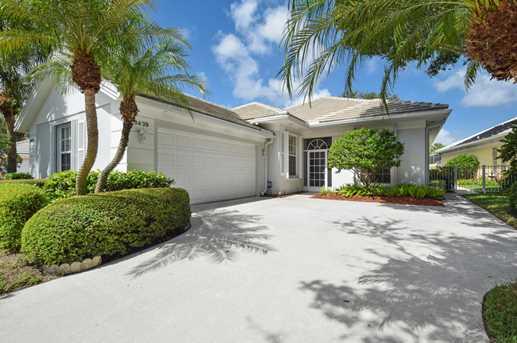 8439 E Garden Oaks Circle Palm Beach Gardens Fl 33410