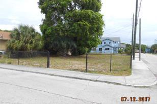 1103 N Rosemary Avenue - Photo 1