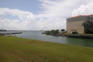 5 Harbour Isle Drive, Unit #102 - Photo 1