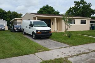 18543 NW 10th Road - Photo 1