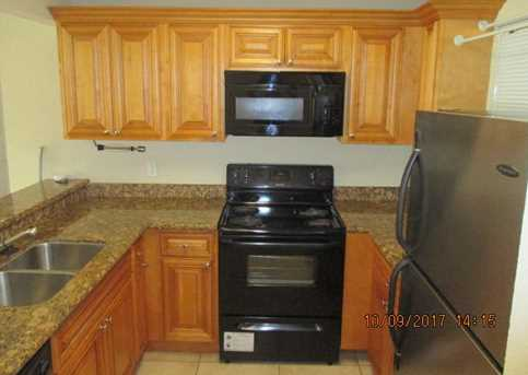 1445 Lake Crystal Drive, Unit #G - Photo 3