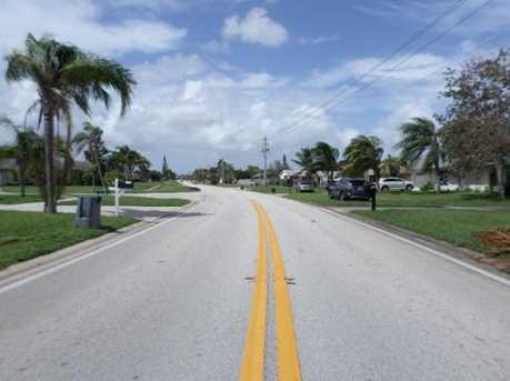 249 NE Floresta Drive - Photo 27