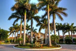 919 Villa Circle - Photo 1