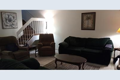 7010 SW 106th Place - Photo 1