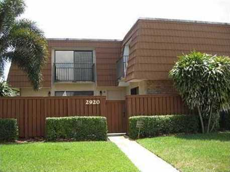 2920 S Waterford Drive - Photo 1