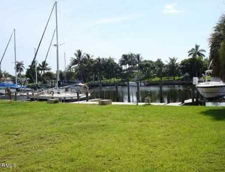 724 Lagoon Drive - Photo 1