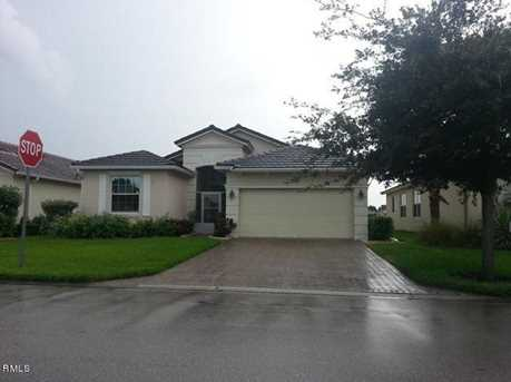 338 SW Lake Forest Way - Photo 1