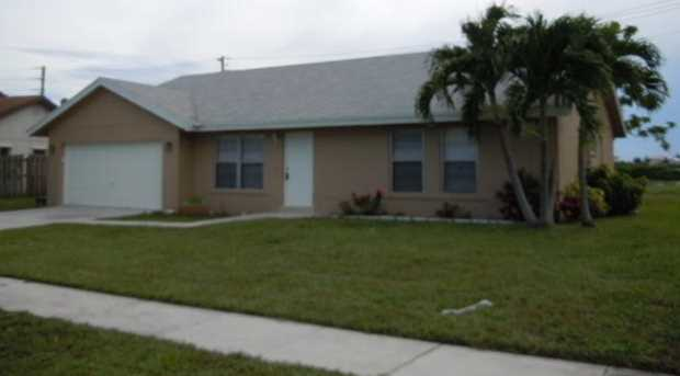 1143 NW 11th Street - Photo 1