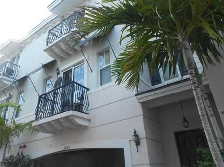 3843 NW 5th Terrace, Unit #3843 - Photo 1