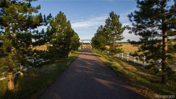 6234 Crowfoot Valley Road - Photo 24