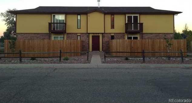 4245 Loomis Avenue - Photo 1