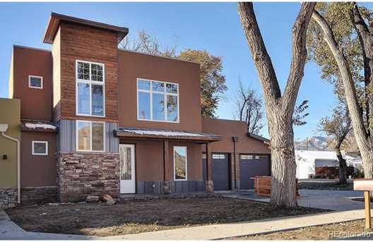 401 Wood Ave - Photo 1