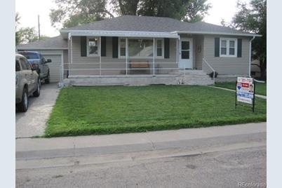 414 Cottonwood Avenue - Photo 1