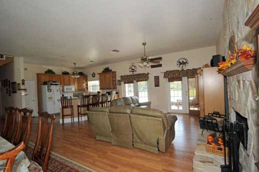 415 Stacy Grove Road - Photo 23