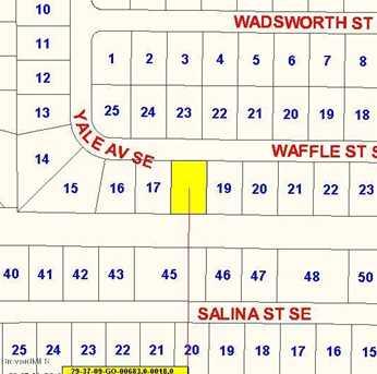 1222 SE Waffle Street - Photo 5