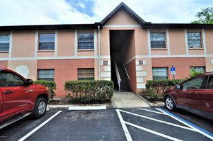 2315 NE Pinewood Drive, Unit #5 - Photo 1