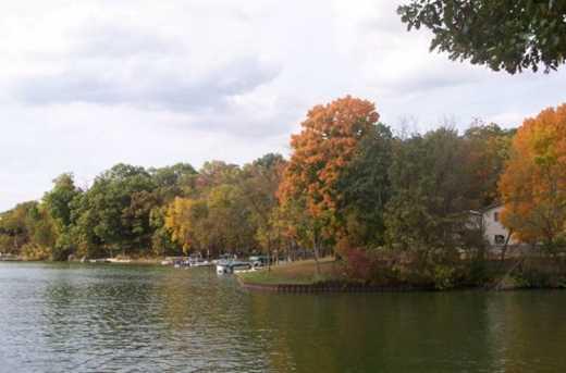 1677 Lake Side Court - Photo 11