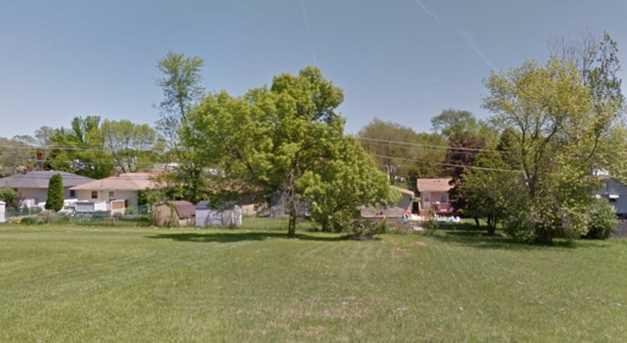 1617 Cherokee Drive - Photo 1