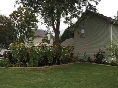 210 East Chester Street - Photo 13