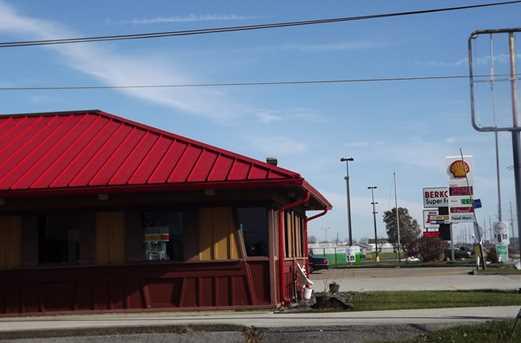 1144 East Walnut Street - Photo 3